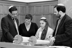 Batmitzvah Photography London, Rehearsal at Radlett Reform Synagogue
