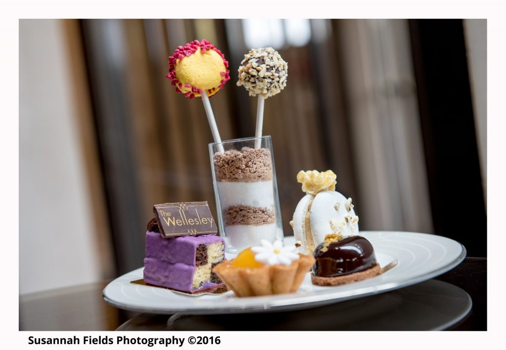 the-wellesley-hotel-churchill-afternoon-tea-cake-photo