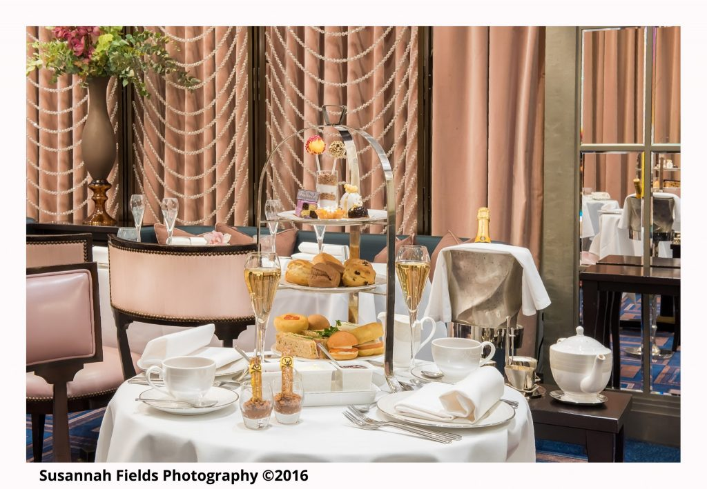 the-wellesley-hotel-churchill-afternoon-tea-piano-bar-photo