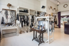 Deuxieme-Pre-Loved-Clothes-Shop-Photography (3)
